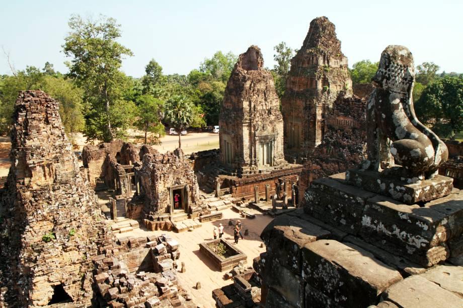 <strong>6. Pre Rup </strong>Este templo-montanha se ergue no meio da paisagem plana de Angkor, oferecendo uma vista inigualável do espaço ao seu redor. Foi construído em homenagem ao deus Shiva e provavelmente estava dentro de um ashram, do qual nada restou