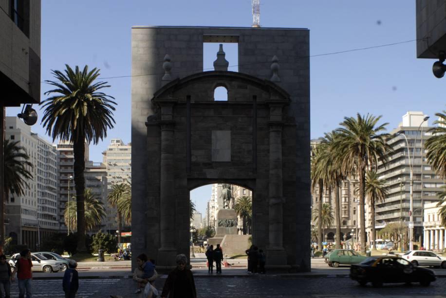 Puerta de la Ciudadela, em Montevidéu, no Uruguai