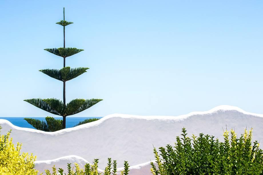 A foto <em>Punta Ballena</em>, de Emiliano de Leon, mostra a paisagem de umas das regiões mais visitadas no Uruguai: Punta del Este