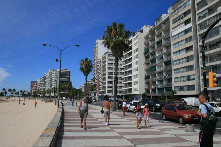 As ramblas, avenidas que margeiam o Rio da Prata, em Montevidéu, no Uruguai