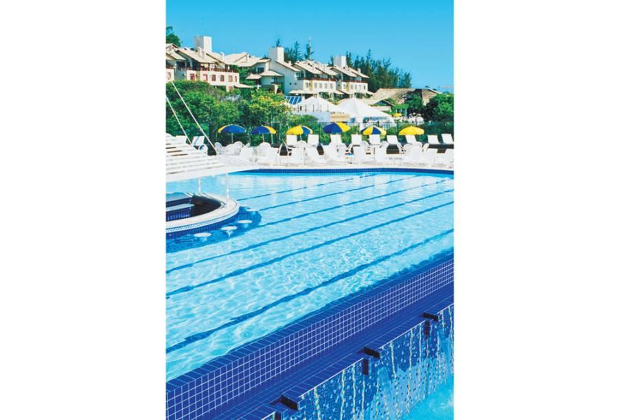 Uma das dez piscinas do Costão, o resort hors concours de Floripa