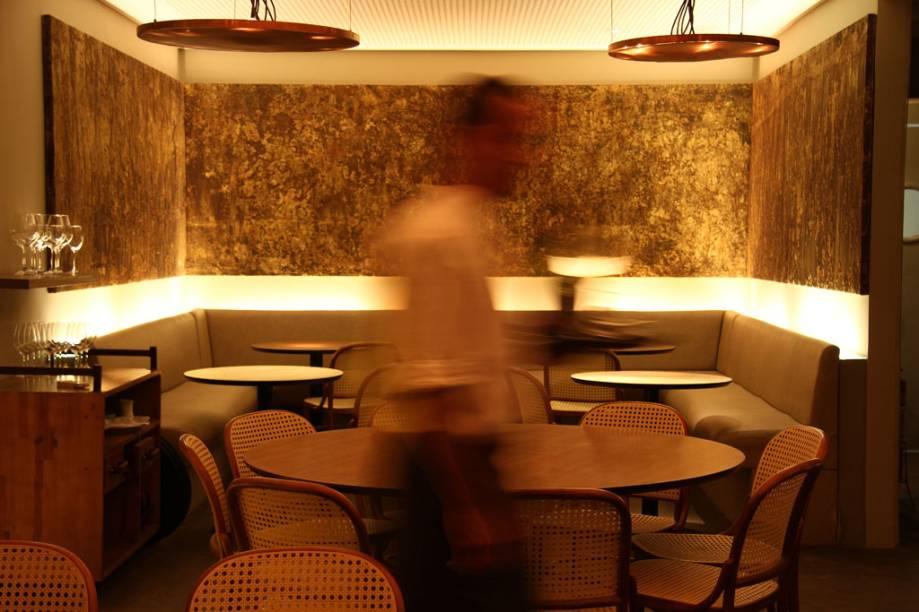 """Restaurante <a href=""""http://viajeaqui.abril.com.br/estabelecimentos/br-rj-rio-de-janeiro-restaurante-oro"""" rel=""""Oro"""">Oro</a>, do premiado chef Felipe Bronze"""