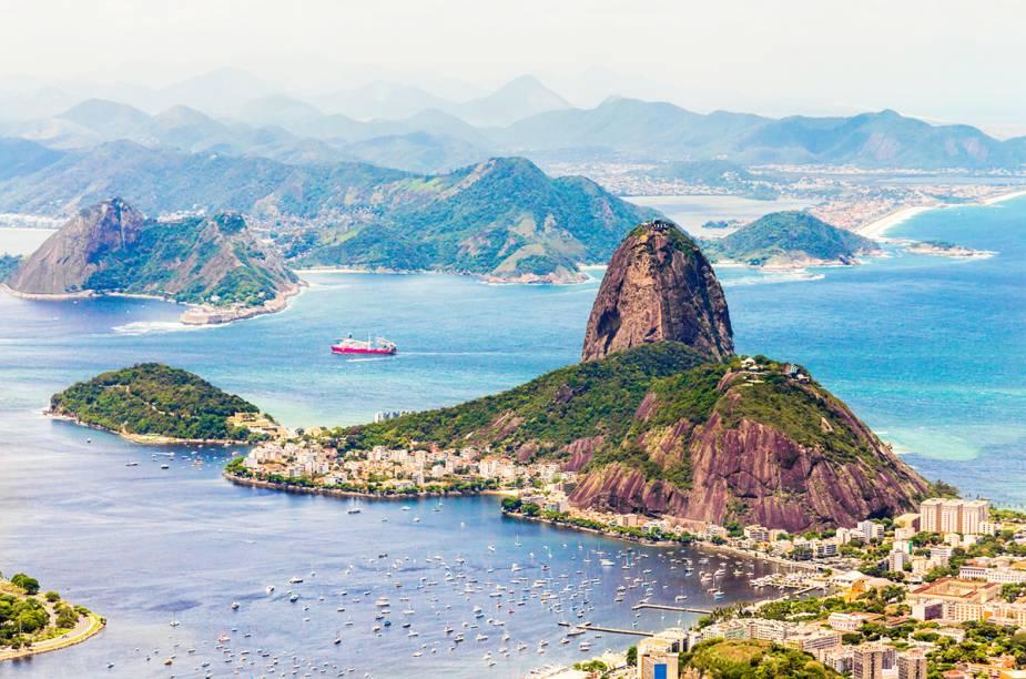 """<a href=""""http://viajeaqui.abril.com.br/paises/brasil"""" rel=""""BRASIL """" target=""""_blank""""><strong>BRASIL </strong></a>Há uma nação no mundo que, entre 1980 e 2010, teve 1,09 milhão de homicídios perpetrados dentro de seu território. De acordo com o relatório """"Mapa da Violência 2012"""", divulgado pelo Centro Brasileiro de Estudos Latino-Americanos (Cebela), a média de assassinatos nas últimas duas décadas neste país foi de 36,3 mil por ano -- mais do que a média anual registrada na guerra civil de Angola (20,3 mil), na guerra da Chechênia (25 mil) e até na Guerra do Iraque (13 mil). Este país é o <a href=""""http://viajeaqui.abril.com.br/paises/brasil"""" rel=""""Brasil"""" target=""""_blank"""">Brasil</a>, que, por outro lado, tem lindas praias, florestas, chapadas e montanhas."""