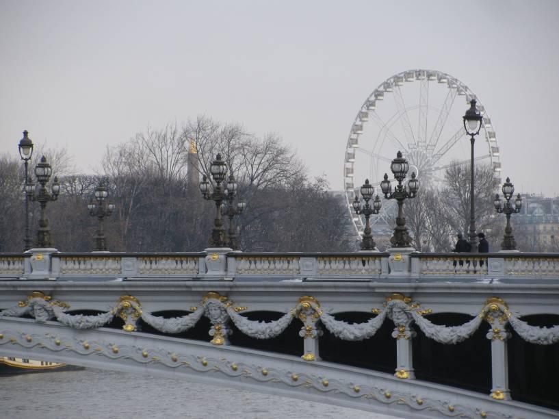 A Place de La Concorde, ou Praça da Concórdia, foi um dos lugares marcantes da Revolução Francesa, palco das execuções do Rei Luís 14 e de Maria Antonieta. Hoje, com sua roda-gigante charmosa, a praça é considerada a mais linda e elegante da capital francesa