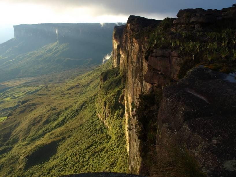 Tepuys na região da tríplice fronteira entre Brasil, Venezuela e Guiana