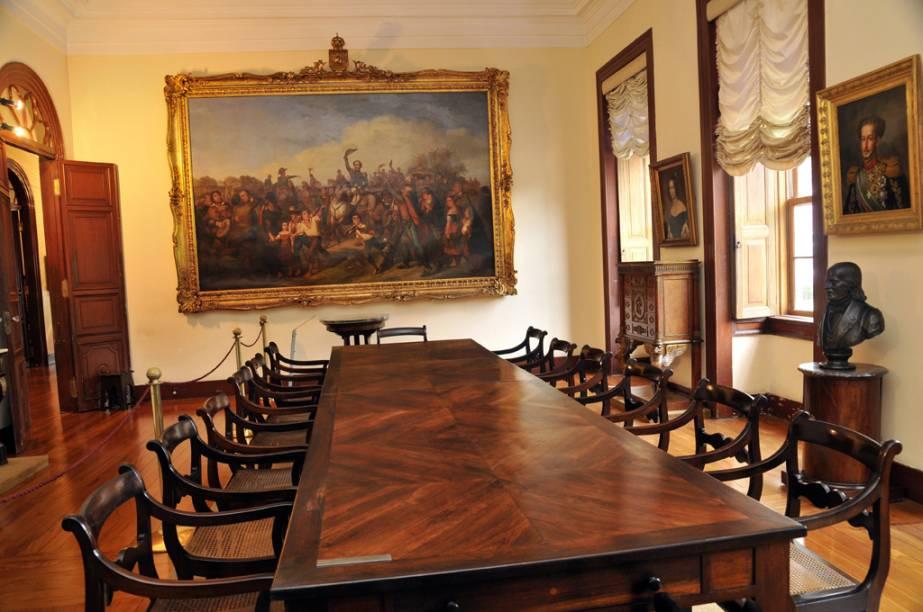"""Salão com pintura """"A Proclamação da Independência"""", de Francois Renée Moreaux, no <a href=""""http://viajeaqui.abril.com.br/estabelecimentos/br-rj-petropolis-atracao-museu-imperial"""" rel=""""Museu Imperial"""" target=""""_blank"""">Museu Imperial</a> de <a href=""""http://viajeaqui.abril.com.br/cidades/br-rj-petropolis"""" rel=""""Petrópolis (RJ)"""" target=""""_blank"""">Petrópolis</a>, no Rio de Janeiro"""