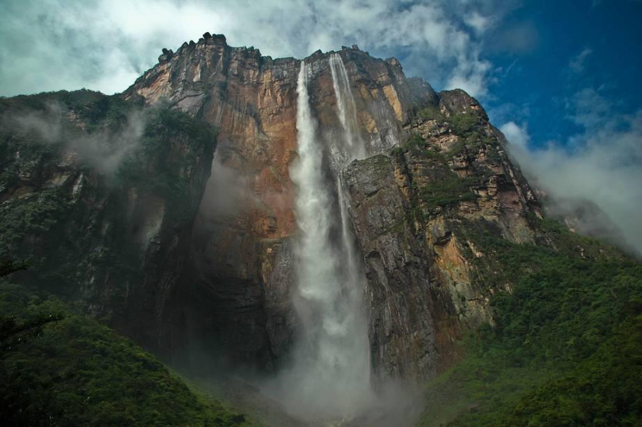 Salto Ángel, na Venezuela, a maior cachoeira do mundo