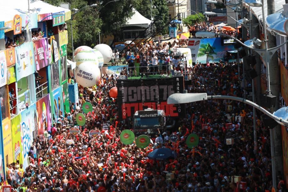 Há dois principais circuitos percorridos pelos trios elétricos no Carnaval em Salvador: o Dodô (Barra-Ondina) e o Osmar (Campo Grande-Avenida). O último é o mais antigo e reúne os blocos tradicionais e os mais disputados