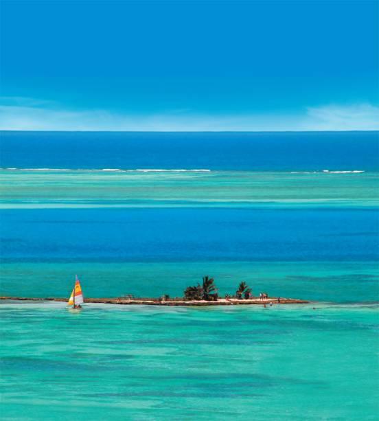 """<strong>San Andrés</strong> é um Caribe sem taxas, mais simples e barato que os outros destinos da região– o que não significa que seja menos interessante. O degradê do mar nos arredores do arquipélago é tão marcante que lhe rendeu um apelido: """"mar de sete cores"""""""