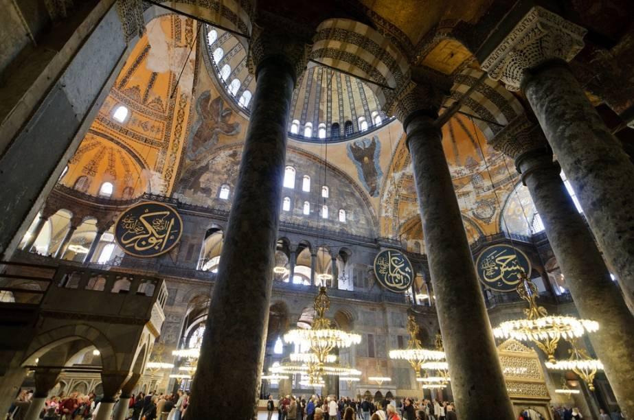 Com mais de 1400 anos, Santa Sofia é o símbolo maior de Istambul