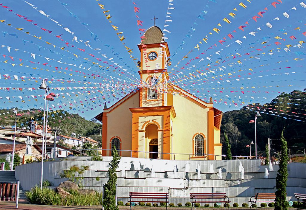 Igreja Matriz de Santo Antônio do Pinhal