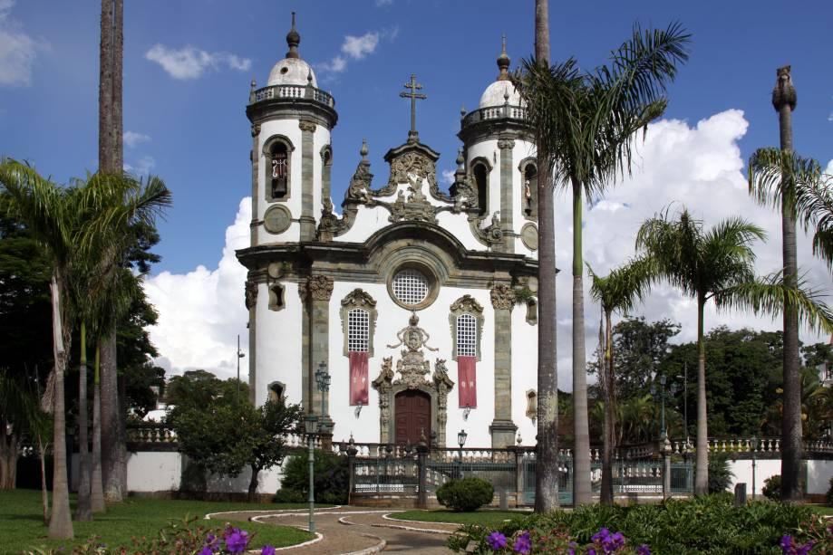 Aos domingos, há missa com música barroca na Igreja São Francisco de Assis, em São João Del Rei