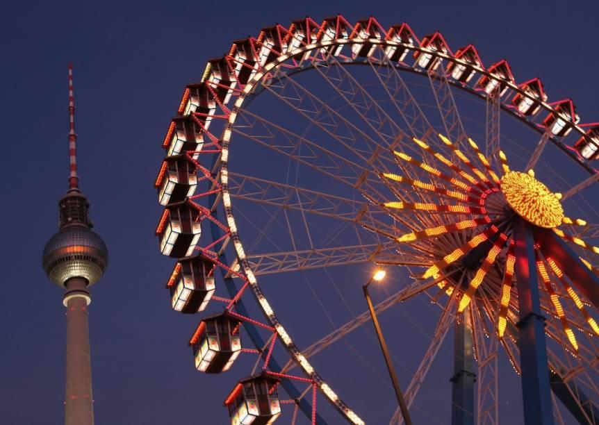 A torre de TV Fernsehturm é um dos marcos mais importantes de Berlim