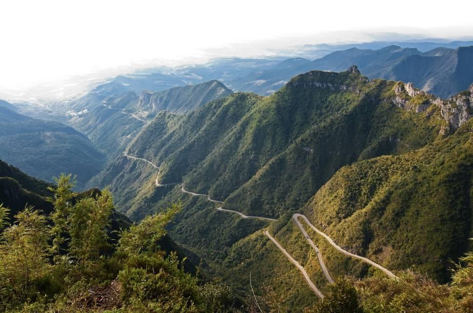 O trecho ultra-sinuoso da SC-438, com 284 curvas, fica entre Lauro Müller e Bom Jardim da Serra