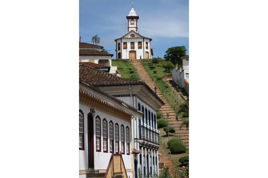 Em Serro, Minas Gerais, o conjunto de igrejas e o preservado casario colonial são o charme da cidade