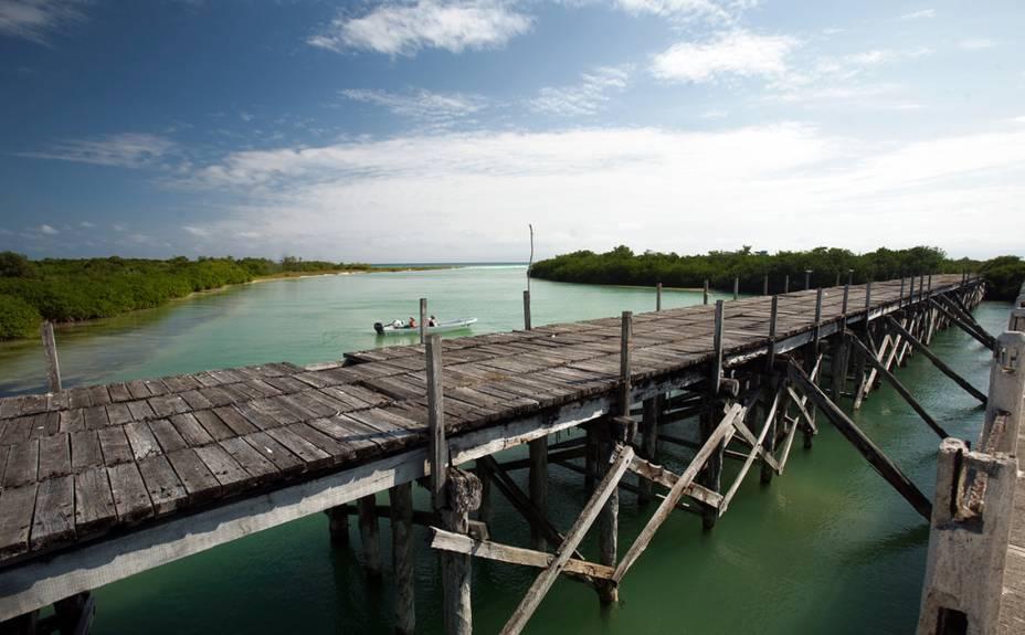 """<strong>7. Reserva da Biosfera Sian Kaan</strong>Você pode experimentar o """"mayaking"""" (passeio de caiaque) ou apenas curtir o visual a bardo de uma lancha. Observação de pássaros e pesca esportiva também integram o menu de opções"""