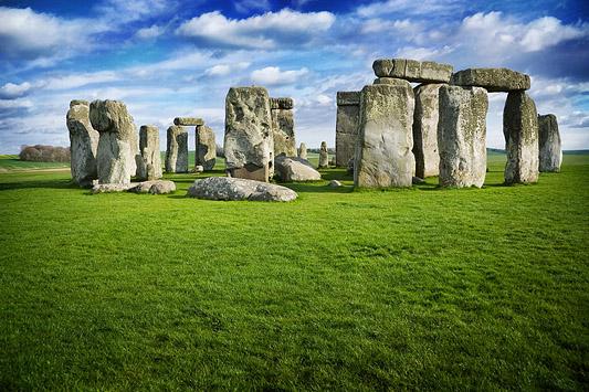 Cinco mil anos após a sua construção, os motivos que levaram os povos antigos a construir Stonehenge ainda são incertos