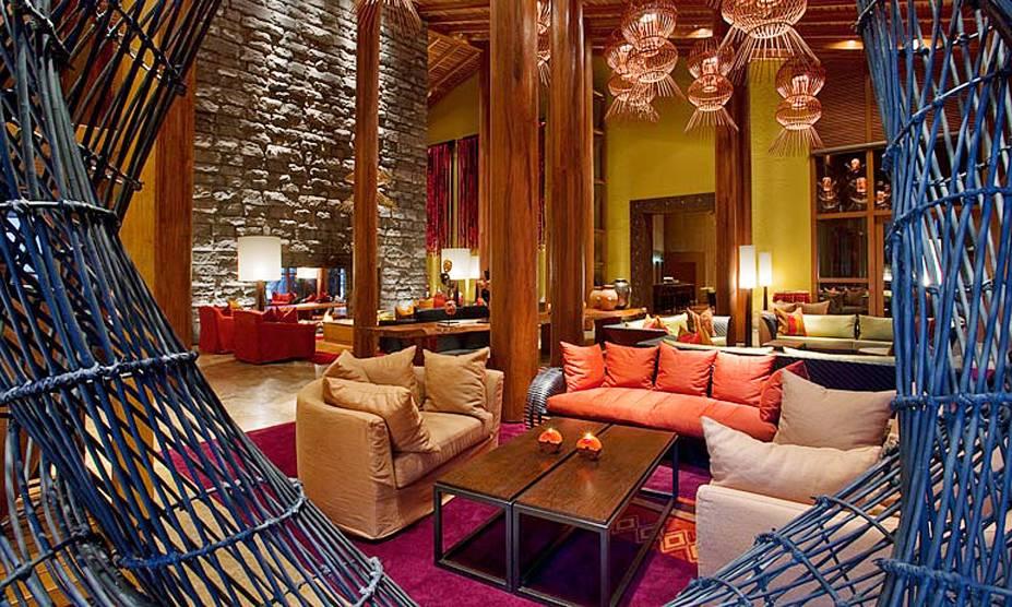 """<strong>10. Tambo del Inka, a Luxury Collection Resort & Spa, Urubamba, <a href=""""http://viajeaqui.abril.com.br/paises/peru/fotos"""" rel=""""Peru"""" target=""""_blank"""">Peru</a></strong>Na pequena cidade de Urubamba, próxima a Cusco, tem uma estação de trem privativa que leva à entrada de Machu Picchu. Destaque para o delicioso restaurante de culinária tradicional peruana, e para o spa, com piscina aquecida interna.Mês mais barato para se hospedar: Fevereiro"""