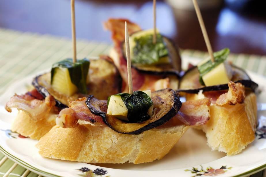 A cozinha da República Dominicana é um cruzamento de influências espanholas, francesas e criolas. Tapas ao estilo ibérico com ingredientes locais são uma deliciosa presença.