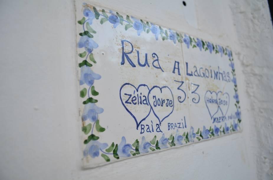 O escritores Jorge Amado e Zélia Gattai viveram na rua Alagoinhas, número 33, em Salvador