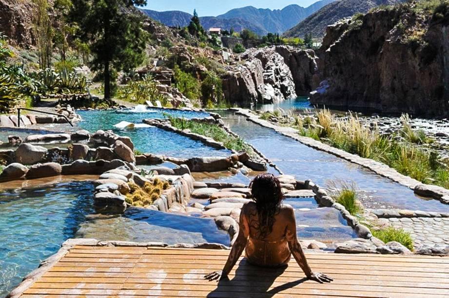 Termas de Cacheuta e suas piscinas de água quente a brotar das entranhas da Terra