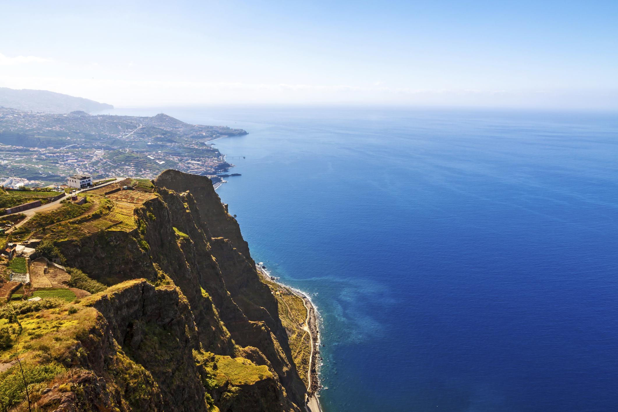 Falésias pelo mundo - Cabo Girão, Portugal