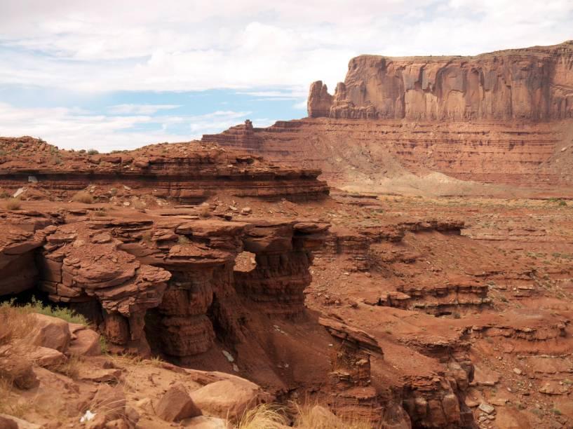 """<strong>5. Arches National Park em Utah, <a href=""""http://viajeaqui.abril.com.br/paises/estados-unidos"""" rel=""""Estados Unidos"""" target=""""_blank"""">Estados Unidos</a></strong>                                                Além dos famosos arcos (há mais de 2 mil), o parque nacional é perfeito para fazer trilhas e observar outras formações rochosas impressionantes. As melhores horas para estar lá são no fim da tarde ou no início da manhã, quando a luz solar incide sobre as pedras, tornando suas cores ainda mais vibrantes"""