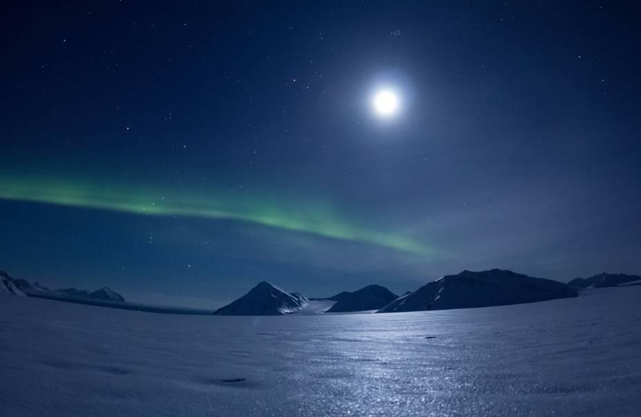 "<strong>Svalbard - <a href=""http://viajeaqui.abril.com.br/paises/noruega"" target=""_blank"">Noruega</a></strong>"