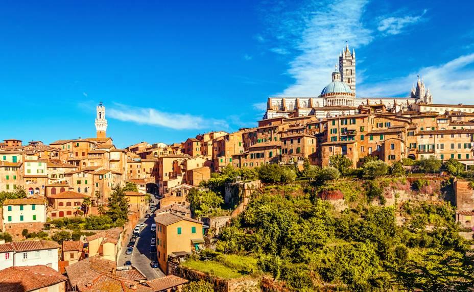 """<a href=""""http://viajeaqui.abril.com.br/cidades/italia-siena"""" rel=""""Siena"""">Siena</a> faz jus à fama de lugar romântico dos que só se encontram na <a href=""""http://viajeaqui.abril.com.br/cidades/italia-toscana"""" rel=""""Toscana"""">Toscana</a>, com seu Centro Histórico medieval muito bem preservado"""