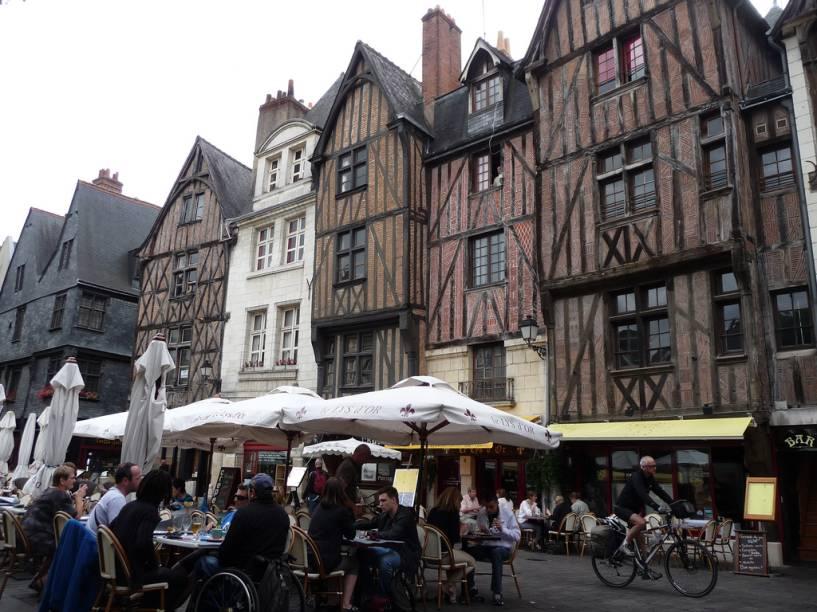 Aspecto do centro de Tours, repleto de casas escoradas em madeira