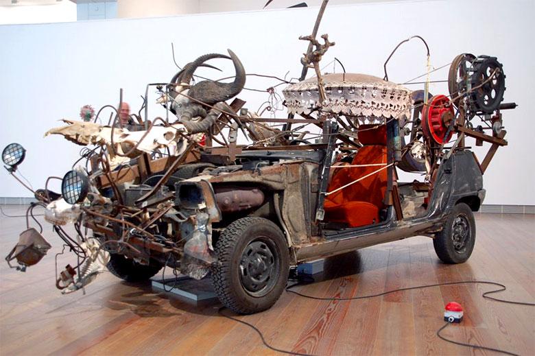 1. O Museum Tinguelyé ótimo para espantar o tédio dos pequenos - com 50 obras do suíço Jean Tinguely (1925-1991), que abusam de roldanas, motores e catracas. (Paul Sacher-Anlage 2)