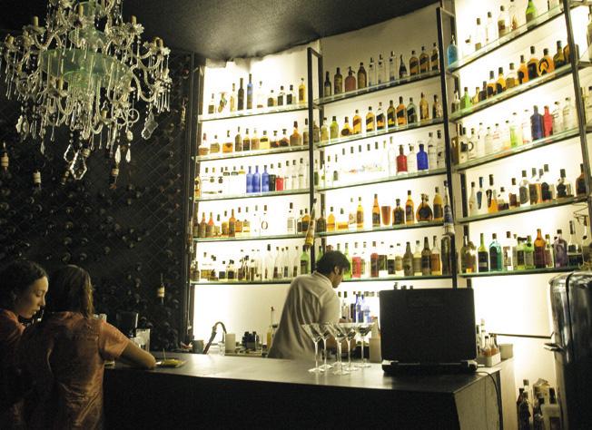 Ky, um dos bares mais descolados de Santiago