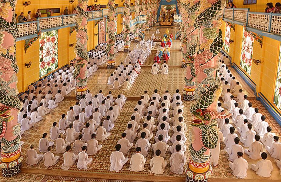 Templo Cao Dai, Vietnã