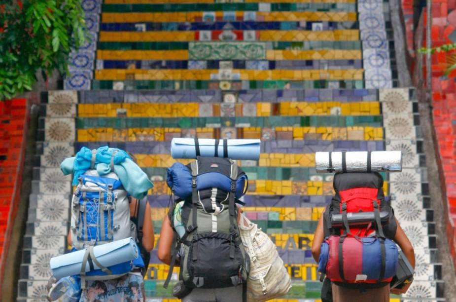 """<strong><a href=""""http://viajeaqui.abril.com.br/paises/equador"""" rel=""""Equador:"""" target=""""_blank"""">Equador:</a> Viamão (RS) </strong>A seleção equatoriana se aloja no Hotel Vila Ventura, em Viamão (RS), o hotel é voltado para eventos corporatiivos e só abre para o público aos finais de semana. A infraestrutura do conta com piscina semi-olímpica, piscinas térmicas e campo de futebol com medidas oficiais."""