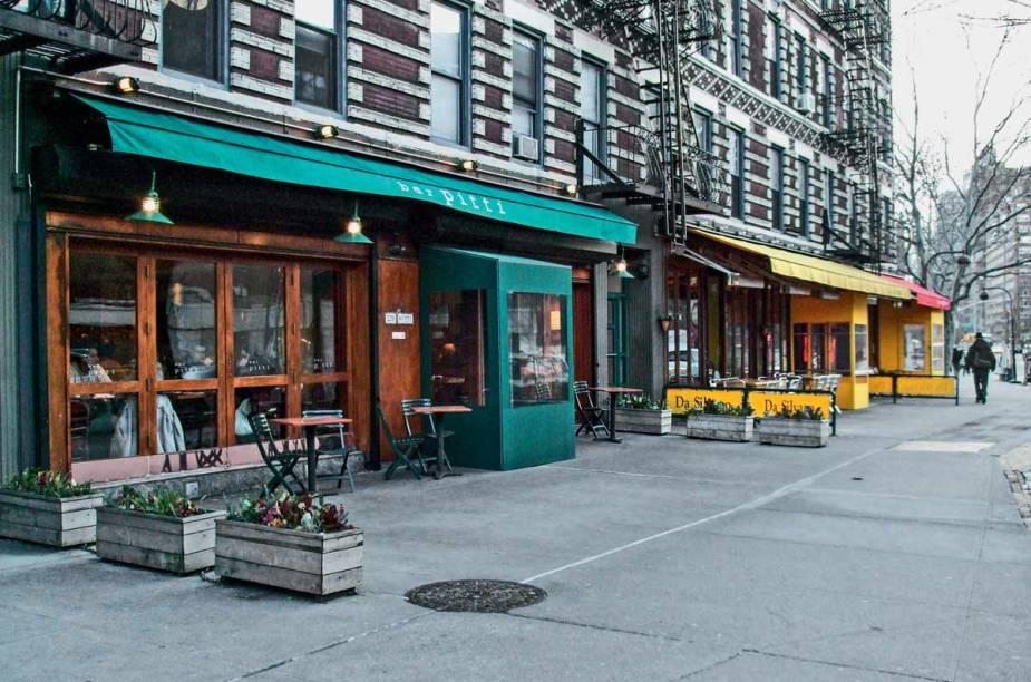 """<strong>Bar Pitti, <a href=""""http://viajeaqui.abril.com.br/cidades/estados-unidos-nova-york"""" rel=""""Nova York """" target=""""_blank"""">Nova York </a></strong>        """"Simpático, o dono costuma recepcionar os clientes. De culinária toscana, tem variedade de panini, crostini e serve uma burrata dos sonhos."""""""