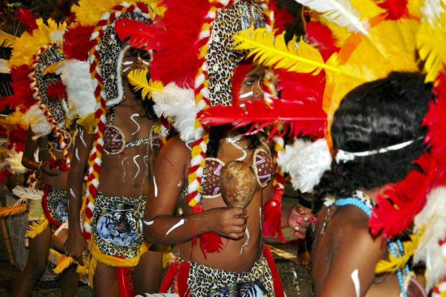 """A cultura indígena está presente no Carnaval Tradição, em <a href=""""http://viajeaqui.abril.com.br/cidades/br-pb-joao-pessoa"""" rel=""""João Pessoa"""" target=""""_self"""">João Pessoa</a>, <a href=""""http://viajeaqui.abril.com.br/estados/br-paraiba"""" rel=""""Paraíba"""" target=""""_self"""">Paraíba</a>"""