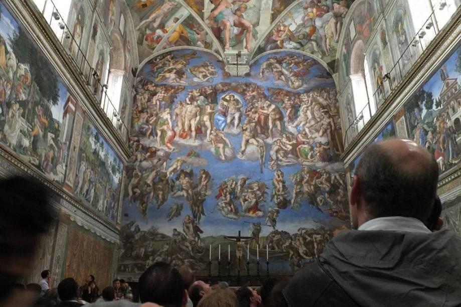 O Juízo Final, na Capela Sistina, foi realizada por Michelangelo muitos anos depois da conclusão dos afrescos do teto