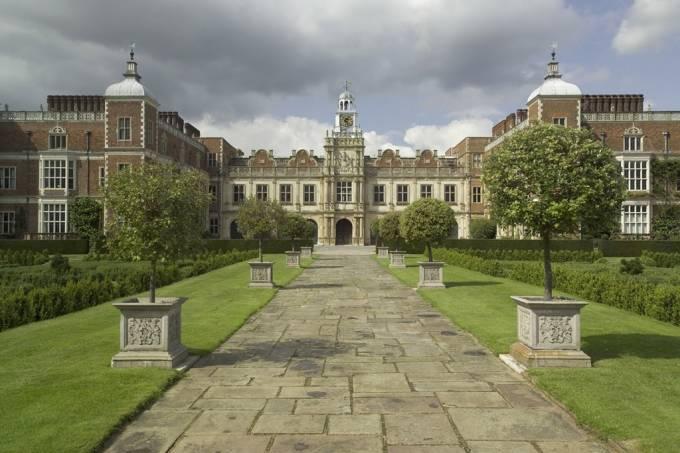 hatfieldhouse—visit-britain—rod-edwards.jpg