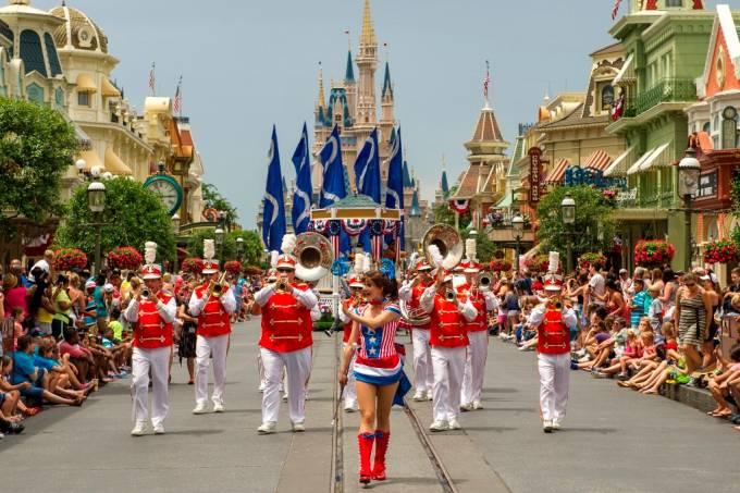 magic-kingdom-parada-do-independence-day-orlando-eua-ali-nasser.jpeg