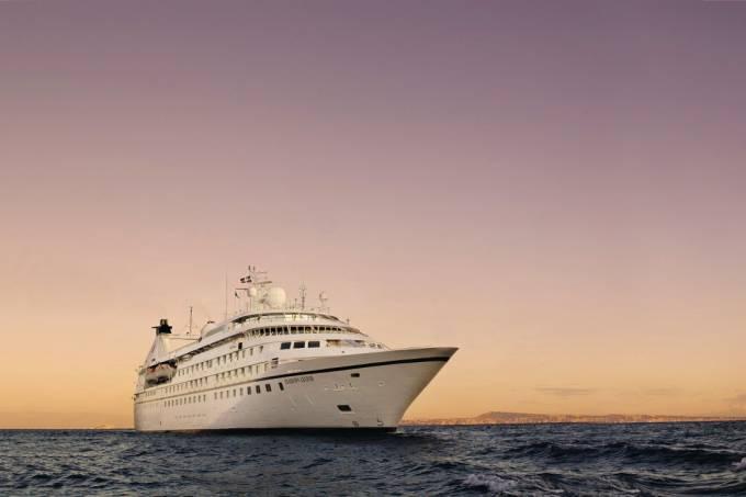seabourn_legend_at_sea__sunset_scu7dsm2_n_xu9dirusuuso_rgb_s.jpeg