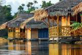 Pousada Uacari, que fica no meio da Floresta Amazônica
