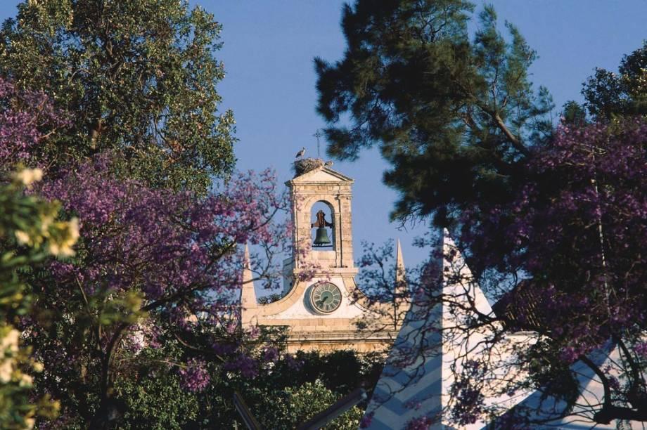 Arco da Vila Sé, na cidade de Faro, em Portugal