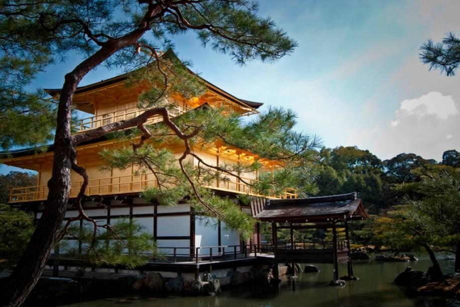 Kinkakuji, o templo do pavilhão dourado, em Kyoto