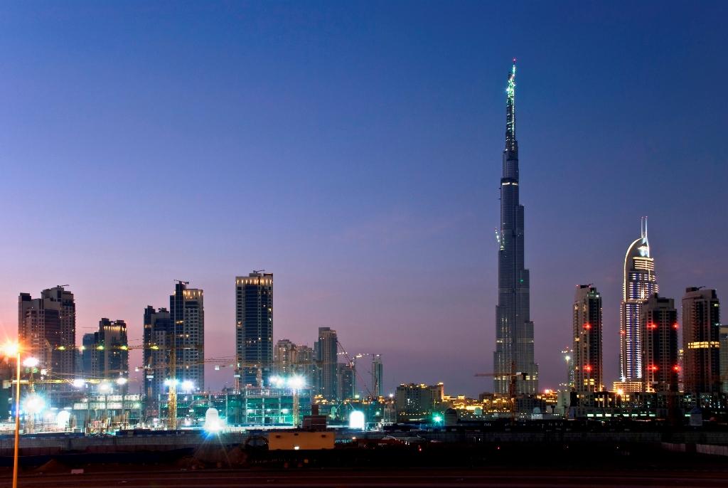 Skyline de Dubai, dominado pelo Burj Khalifa