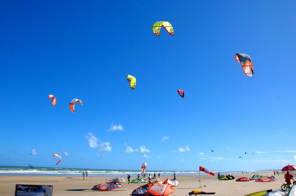 Kitesurf na Praia Atalaia, Aracaju, Sergipe