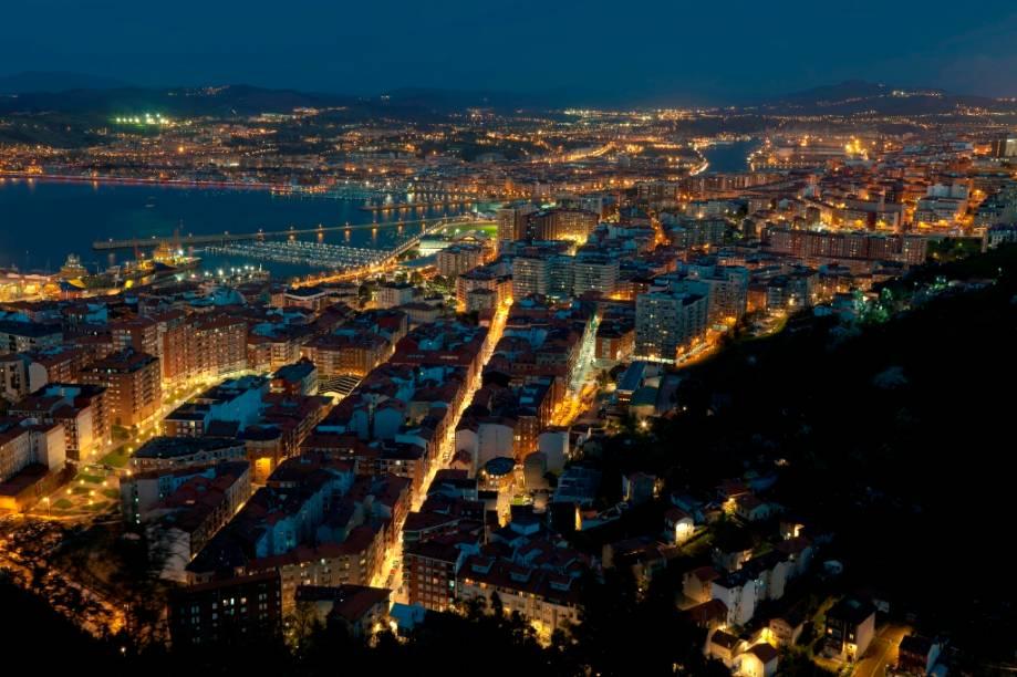 A cidade portuária de Santurtzi fica próxima ao estuário do Nervión, a apenas poucos quilômetros do centro de Bilbao