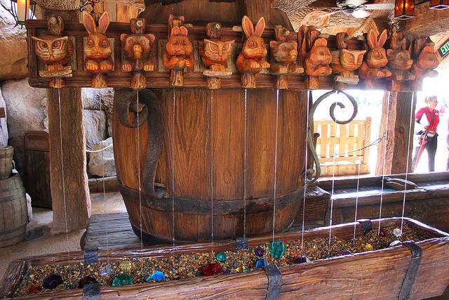 Totens de madeira (Foto: Flickr | CC BY-NC-ND 2.0 | Ricky Brigante)