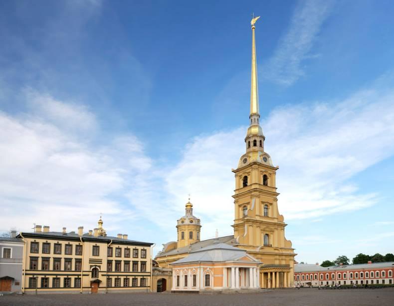 A Catedral de São Pedro e São Paulo é o local onde estão enterrados os czares russos