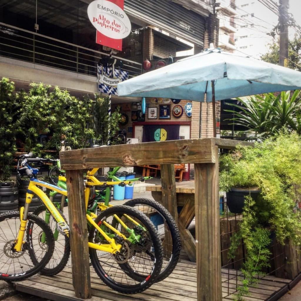 Também dá pra ir de bike ao Empório Alto de Pinheiros / Divulgação