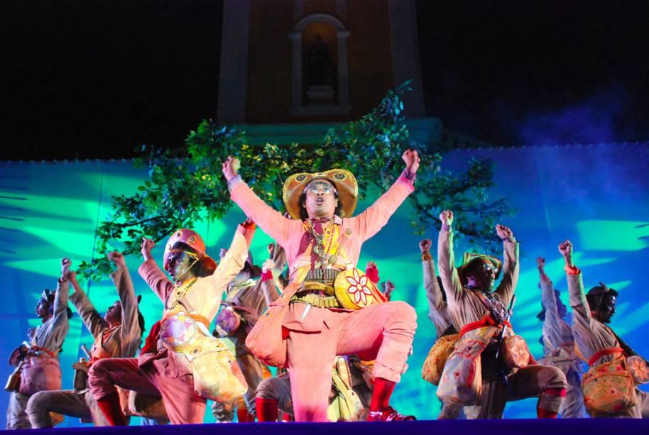 Tradicional Cidade Junina, no Corredor Cultural da Avenida Rio Branco, em Mossoró (RN)